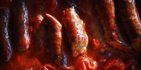 Bakte pølser med bønner - Latmannschili