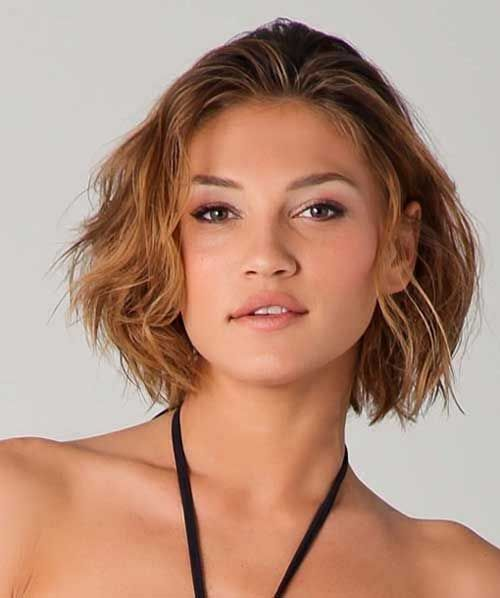 20 Short Hairstyles for Wavy Thick Hair | http://www.short-hairstyles.co/20-short-hairstyles-for-wavy-thick-hair.html