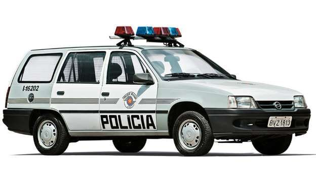Chevrolet Ipanema 1998: substituto do Opala - Marco de Bari