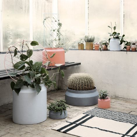 Pot - Light Grey - Large // ferm living