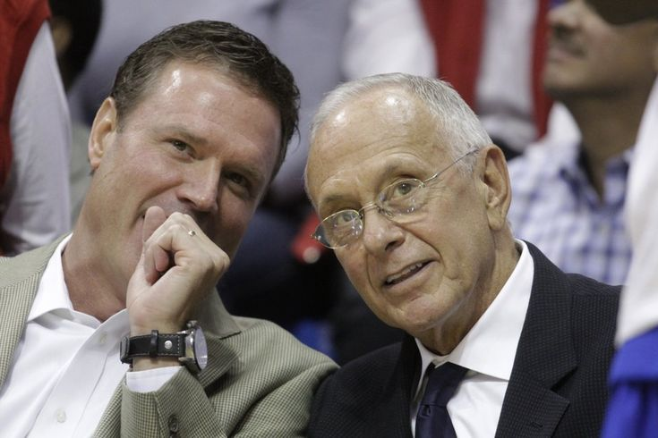 2 Coaches who have won National Championships w/the Jayhawks. Bill Self and Larry Brown: Championship Coach, Brown Rocks, Chalk Jayhawks, Basketb Coach, Larry Brown, Brown Together, Bill Larry, Basketball Coach, Coach Bill