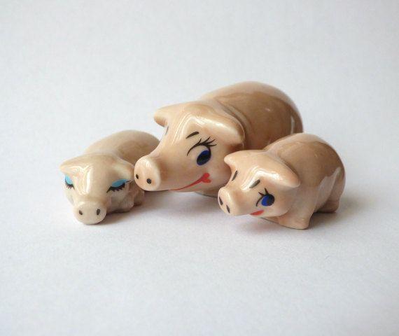 Vintage Wade Porcelain Figurines  Set of 3  Made in England  MM