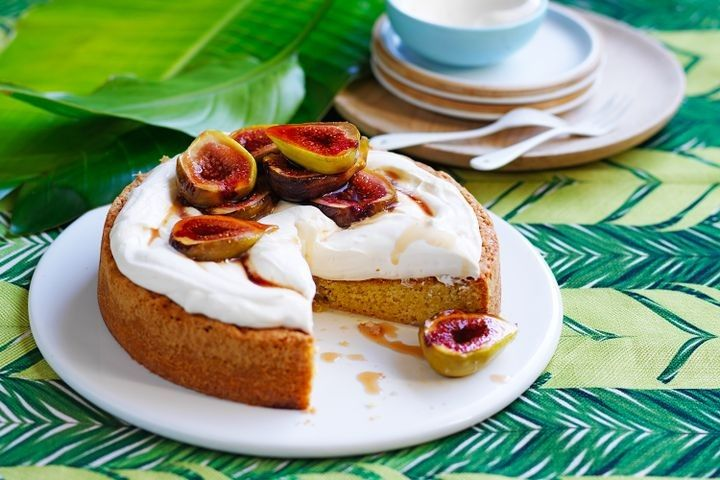 Eased into Sunday with a big breakfast? Feasted on a light lunch with some wine? Just had a nap? The only way to make your Sunday even better is with these quick recipes that'll be sure to leave you with something delicious for dessert.