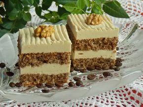 ciasto na białkach orzechowe z kremem kawowym na bazie jogurtu :)