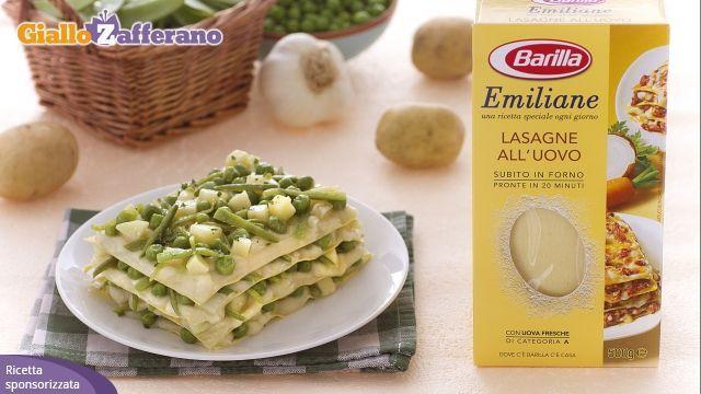 Lasagne con fagiolini patate e piselli (sostituire besciamella con salsa stracchino panna e feta)