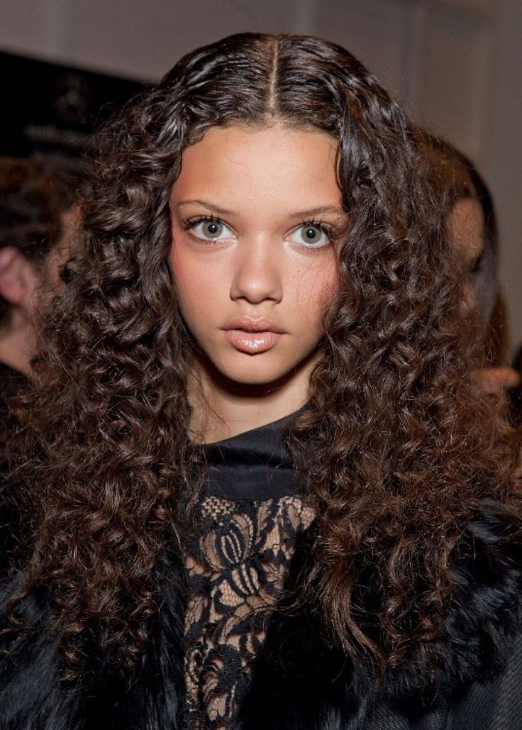 Some Simple And Easy Styling For Curly Hair With Some Cool ...