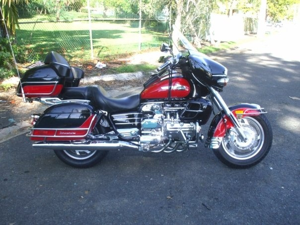 Honda Valkyrie Interstate 2000 - I used to have one, damn I miss it...