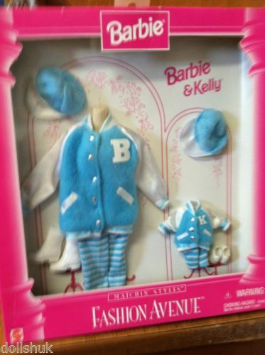 Kelly and Barbie matching Baseball outfits Fashion Avenue 17292 Mint in box