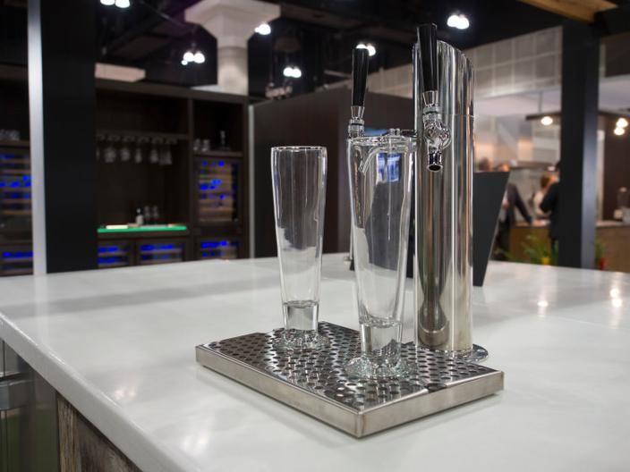 Built-In Keg Fridge Makes Beer Dreams Come True. http://drinksfeed.com/built-in-keg-fridge-makes-beer-dreams-come-true/ #bartoys
