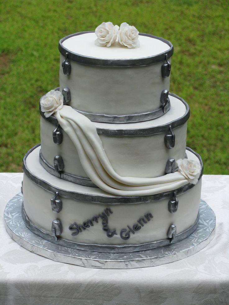 Cake Decorating Drum Kit : Drum set wedding cake Cakes I Made Pinterest Cake ...
