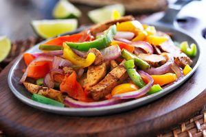 .Rezept: Chili-Paprika-Pfanne mit Huhn > Kleine Zeitung