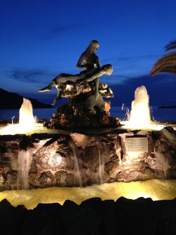 The mermaid, Kini on Syros