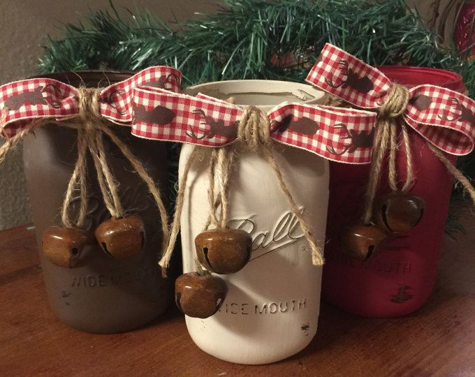 Rustic Christmas mason jars Country Christmas decorations Christmas centerpieces Home decor Cabin decor Christmas Mantle Painted mason jars