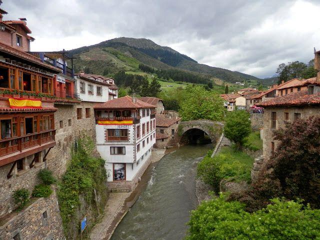 ¡Qué ganas teníamos de regresar a Asturias! En mi caso, hacía casi diez años que no lo pisaba y lo cierto es que las anteriores veces me había centrado en ciudades grandes como Gijón u Oviedo, quit…