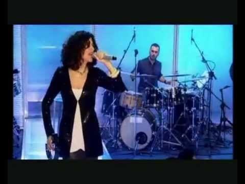 Αρβανιτάκη-Τα κορμιά κ τα μαχαίρια Θα σπάσω κούπες live
