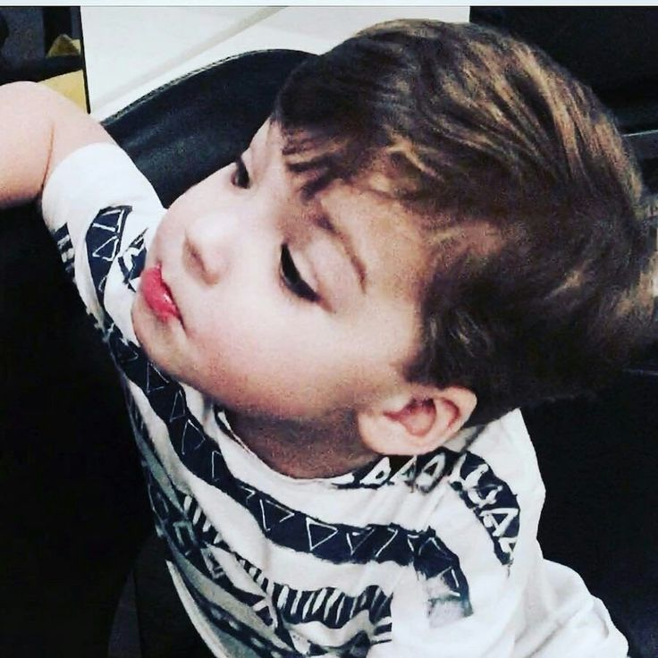 Сын Аллы Пугачевой и Гарри Галкина попрощался с детскими кудряшками.