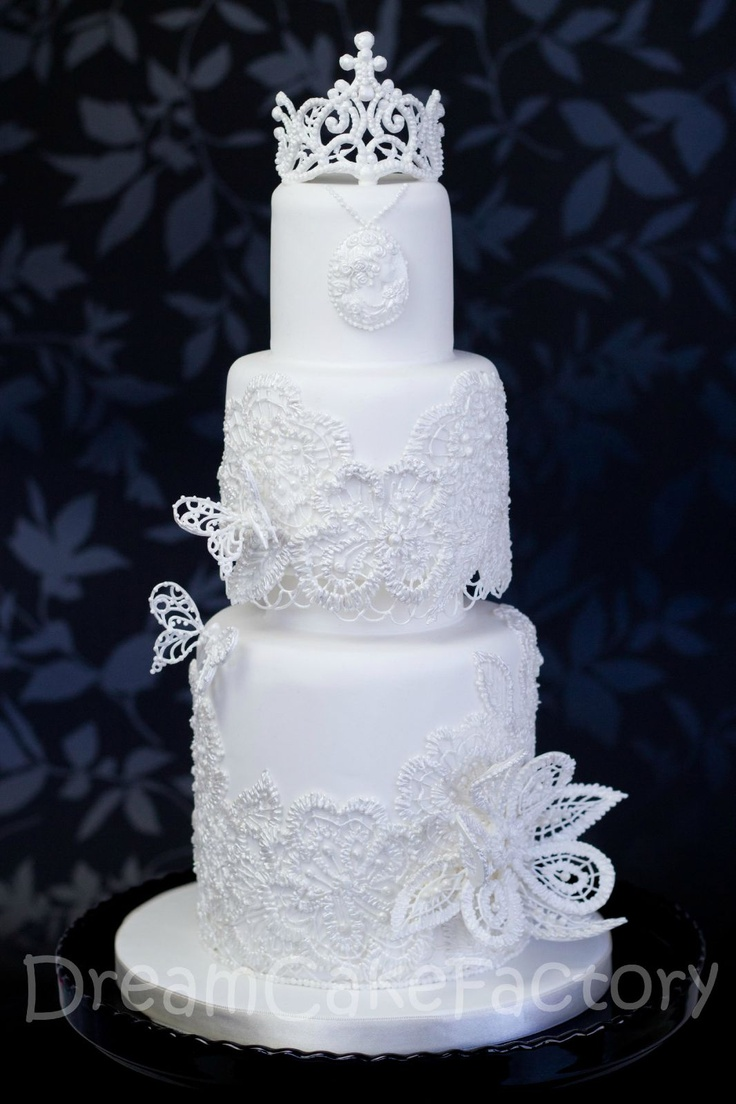 The 1312 best Royal Icing images on Pinterest   Amazing cakes ...