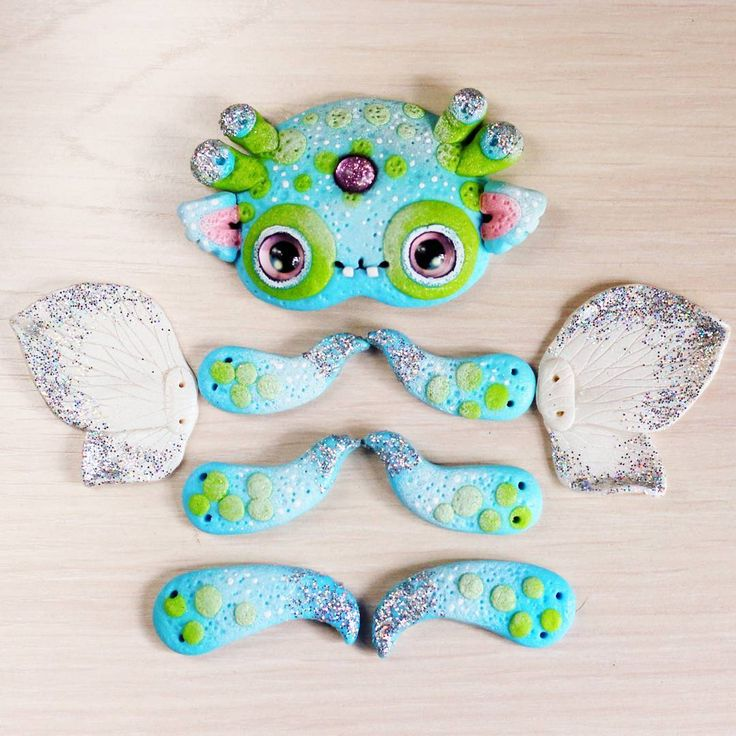 Martian caterpillar :)) Working time. My page Etsy and Facebook: LullabyForFox :)) Гусеничка Марсианин