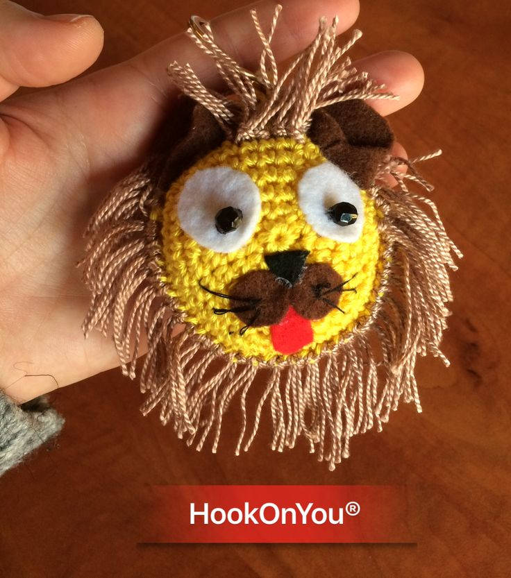 When the  asks you a lion  ... I came up with this crochet keychain idea!!! This is my own pattern ✂️