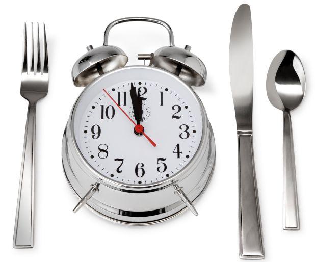 Datorita programului incarcat, tindem adesea sa sarim peste masa de pranz sau, in cel mai bun caz, sa alegem o varianta rapida, fara a aloca timpul cuvenit acestuia. Nu intamplator in lumea civilizata de astazi toti oamenii activi beneficiaza de o pauza la pranz de 1-2 ore, pentru ca acestia sa poata servi, fara graba, [...]
