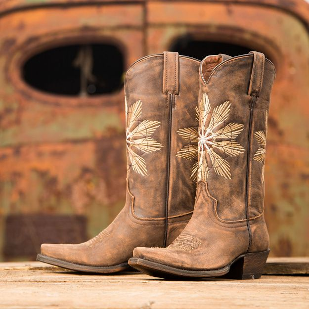 From Country Outfitter's newest and hottest brand: Eight Second Angel - Cheyenne #eightsecondangel