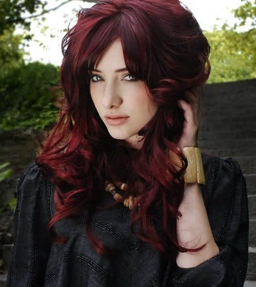 Mahogany hair dye...I wonder if I can achieve this by mixing my burghundy blonde and my red dyes...  <3 LA