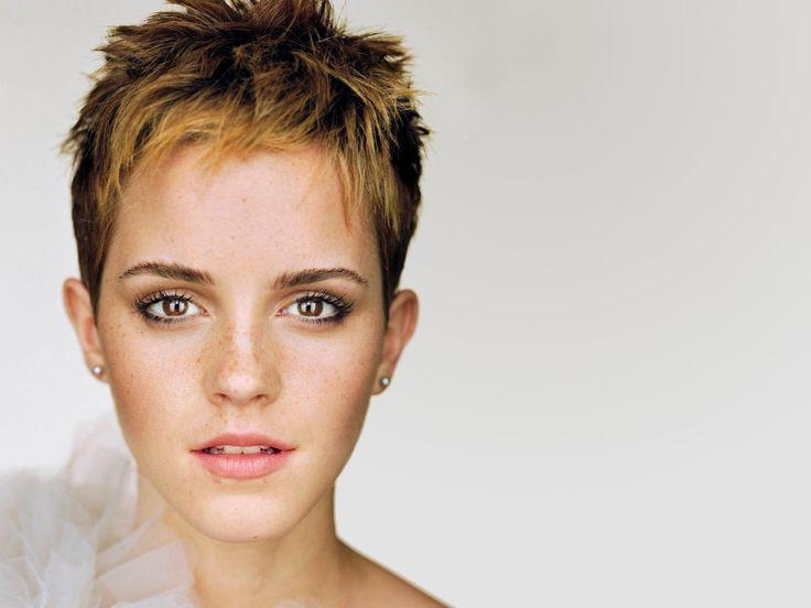 Notre Blog est content de vous proposer une sélection de Fonds d'écran sur « Emma Watson Cheveux Courts ». Ces arrières plans peuvent être employés gratuit