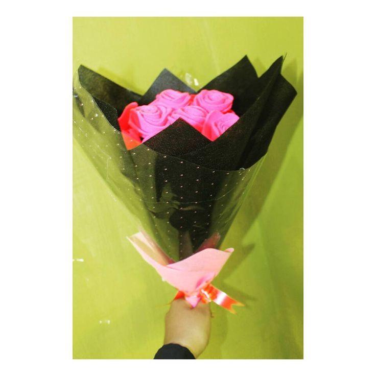 Thanks for order�� ➡GESER➡➡ Minat pm WA 085706660661 C.o.d solo sukoharjo dan sekitarnya sesuai ketentuan pesan sesuai budget ✔  #flowers #buketbunga #bungamurah #bungaflanel #buketsolo #buketsukoharjo #letterflower #bungainisial #qtaflowersgift #hadiahpernikahan #weddinggift #hadiahulangtahun #buketbox #sukoharjo #solo #bunga #wisudaums #uns #iain #uniba #univet #poltekeskemenkes #undip #ugm #ui #unisri #stikesmitrahusada #sovenir #sovenirmurah…