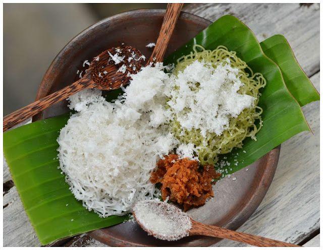 Indonesian Medan Food: Mayung Medan / Putu Mayang/ String Hopper
