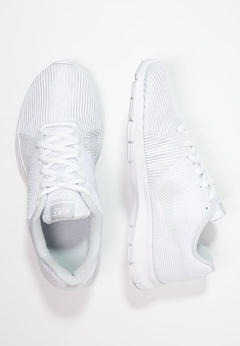 Nike Performance FLEX BIJOUX - Scarpe da fitness - white/pure platinum a € 46,75 (12/06/17) Ordina senza spese di spedizione su Zalando.it