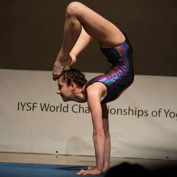 Anna Cadkova... Yoga Champion... Siluet Yoga Wear representative... Read about her fabulous sports career...  #siluetyogawear #madewithloveforyou
