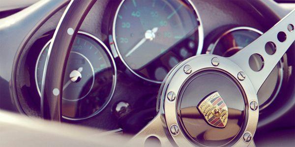 Classic Porsche 550 by Additive Studios | Abduzeedo Design Inspiration & Tutorials