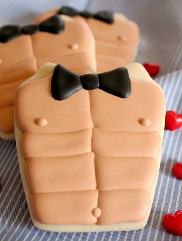 Easy and cute Chippendale cookies for bachelorette parties or Valentines Day