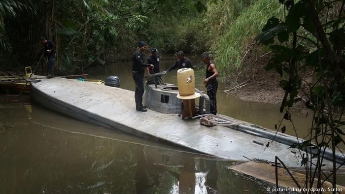 Narco submarine carrying 3 tons of cocaine captured off Galapagos ...