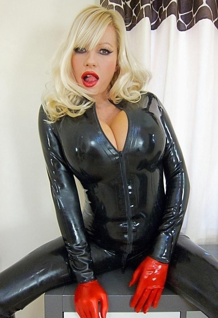 145 Best Images About Latex Ladies On Pinterest Gloves