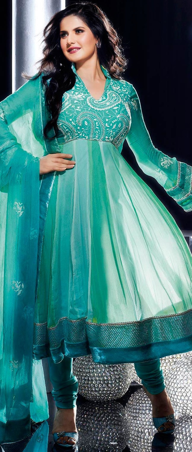 Sea Green Faux Chiffon Churidar Kameez @ $134.64 | Shop @ http://www.utsavfashion.com/store/sarees-large.aspx?icode=kds175