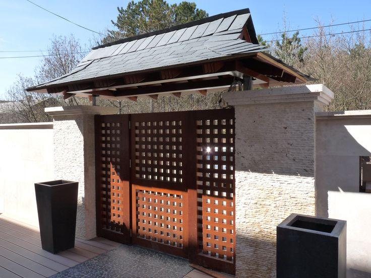 rusztikus bejárati kapu