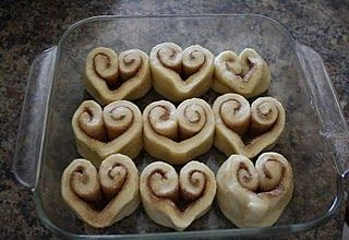 heart shaped cinnamon rolls. must do.