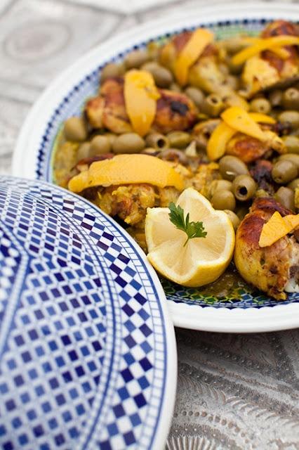 Marokaanse Tajine : Met kip en Groenen olijven .