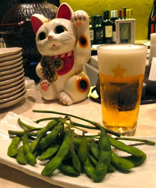 Edamame & Beer at Izakaya (Japanese style bar) Here comes the summer! #Sushi #Sushimi