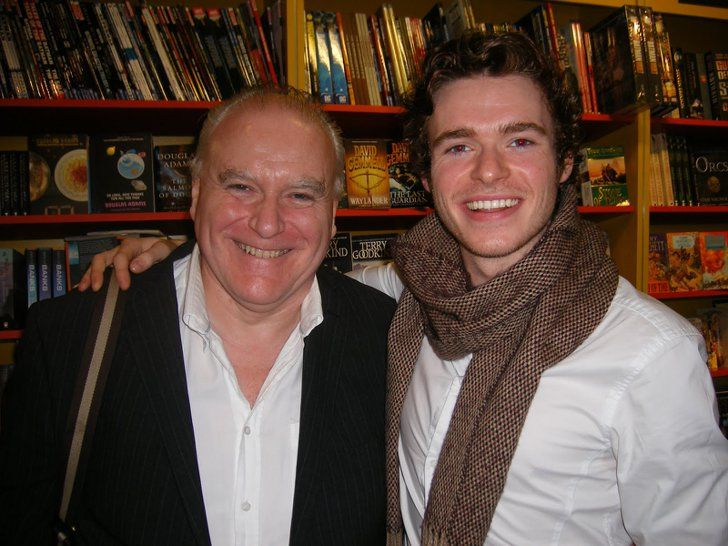 Pin for Later: You Know Nothing About What Jon Snow Used to Look Like  Ron Donachie (Rodrik Cassel) and Richard Madden (Robb Stark) — we both cannot. Source: Blogspot user thewertzone