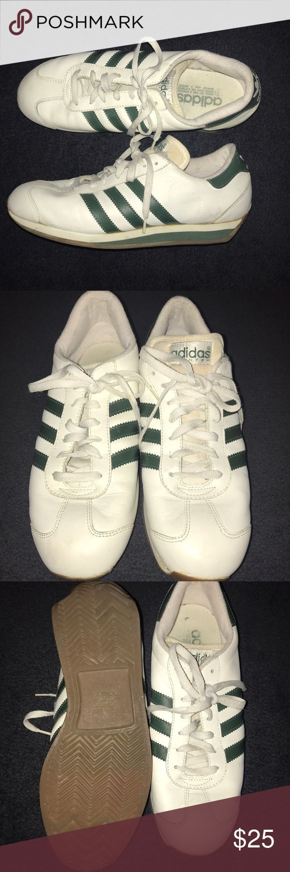 Vintage adidas country shoes Vintage adidas shoes size 11 in men and 12 1/2 in women's Adidas Shoes Sneakers