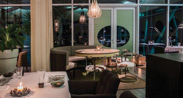 #ErreEsFelicidad. En el piso 10 de Las Américas Torre del Mar en Cartagena, existe un santuario para tus sentidos, un lugar donde los sabores y aromas del Mediterráneo se mezclan con la magia del Caribe, Restaurante Erre de Ramón Freixa, el placer de ser feliz. #ElHoteldeLasEstrellas
