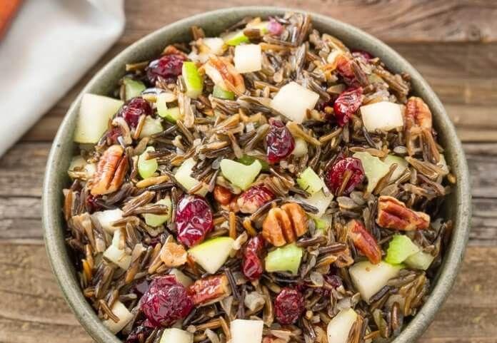 Wiosenna sałatka z dzikim ryżem