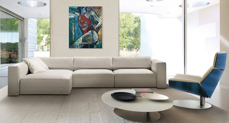 Simple and elegant interior and art -  comfortable and modern Italian sofa. Wnętrze i obraz, creative & unique. Contemporary painting of a woman - 'Summertime 1' by @anialuk_art