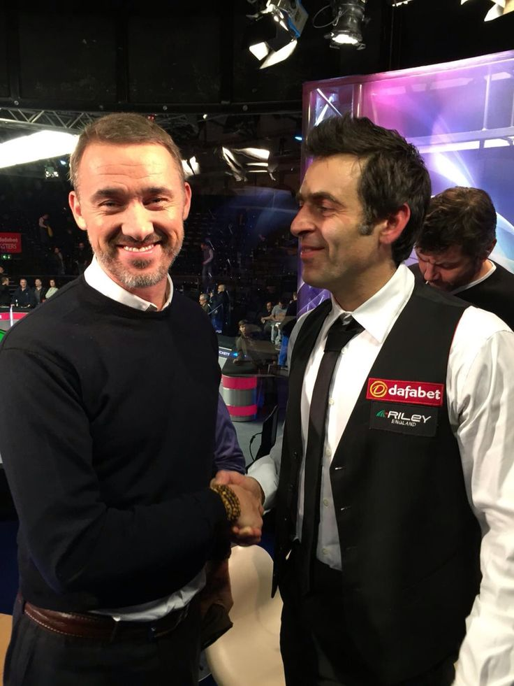 Ronnie O'sullivan Love the look on Ronnie's face- So pleased that he's got one of Stevens records