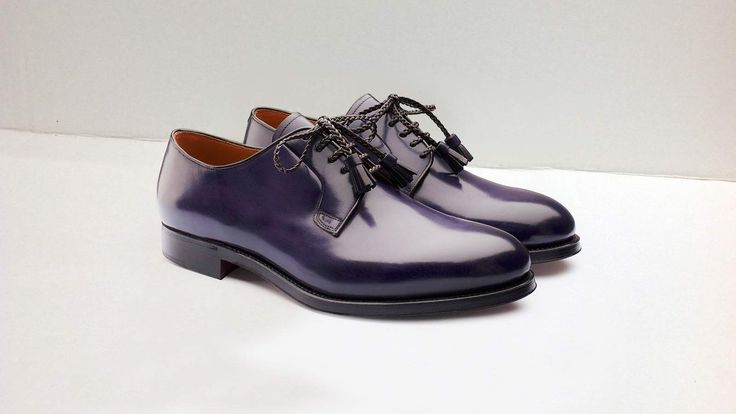 Derby calzature uomo di lusso, il minimalismo e l'armonia tra linearità ed una…