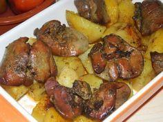 Csodás étel, laktató és gyorsan el is készül! Nyűgözd le vele a családod! Hozzávalók:  50 dkg csirkemáj 60 dkg burgonya 3 gerezd...