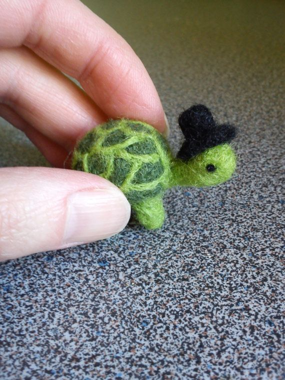 Needle felted miniature turtle (w/adorable hat!) by FeltedByRikke on Etsy