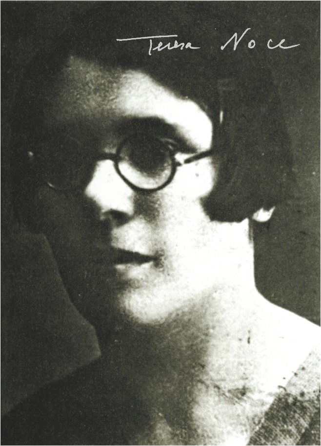 """Teresa Noce  (1900-1980), orphan and hand worker at 12 years, self-taught, Italian communist party founder, partisian in Spain and, as Francs-tireurs-et-partisans, in Marseille  and Paris, France on the 30-40s with name """"Estella"""""""